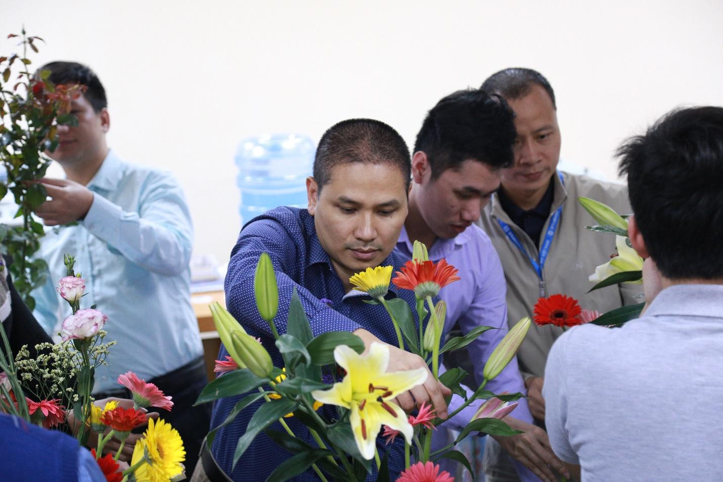 EFY Việt Nam tổ chức hoạt động chào mừng ngày quốc tế phụ nữ 8/3 ảnh 3